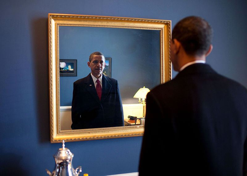 Obama-Mirror-Image